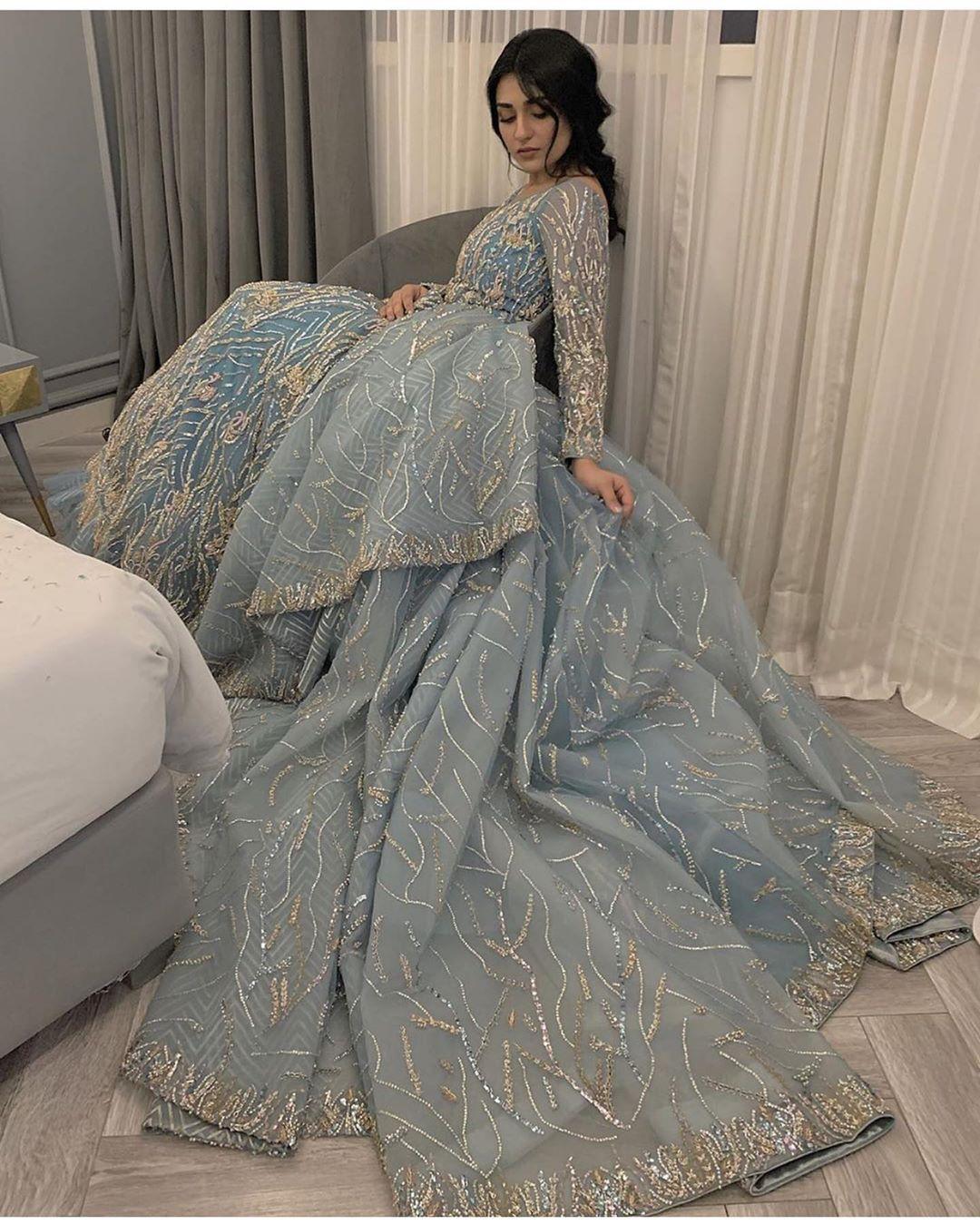 Pakistani Celebrities At The Pfdc Loreal Paris Bridal Week 2019 Reviewit Pk