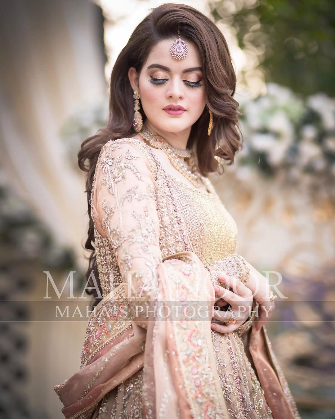 Minal Khan Bridal Photo Shoot 5