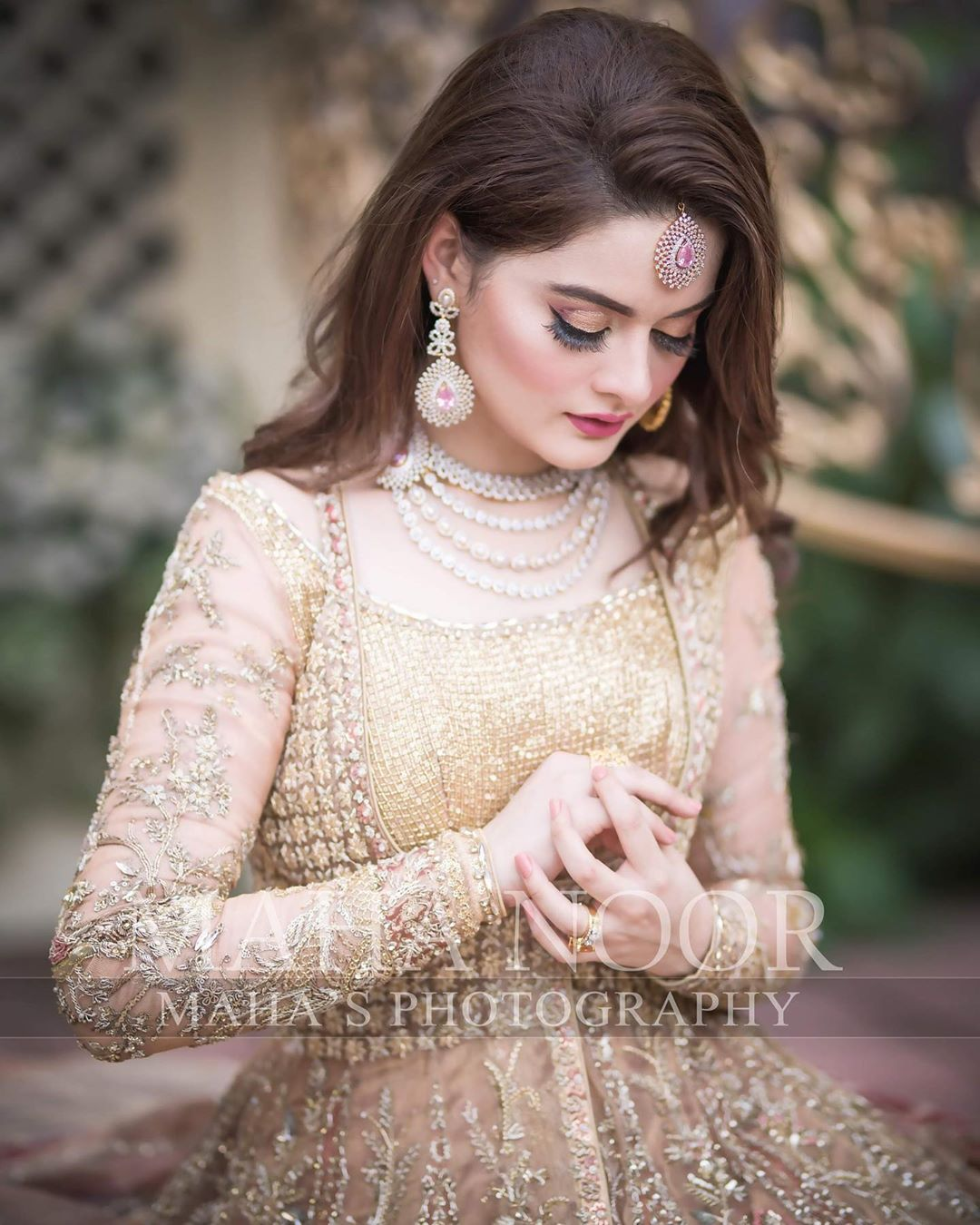 Minal Khan Bridal Photo Shoot 8
