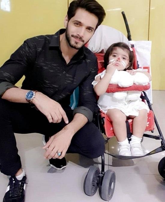 Wahaj Ali Cries While Talking About His Tragic Loss | Reviewit.pk
