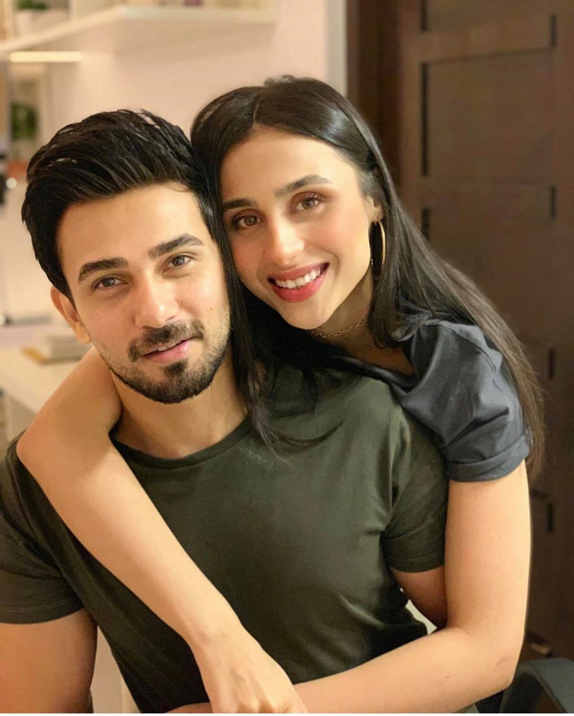 Popular Pakistani Celebrities Who Dated In The Past