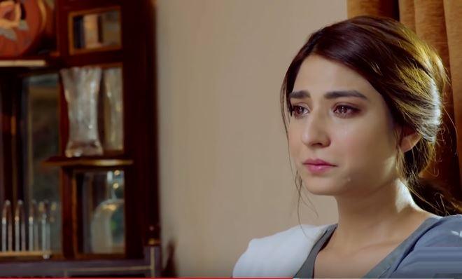 """Becharis"" Who Looked Glamorous in Pakistani Dramas"