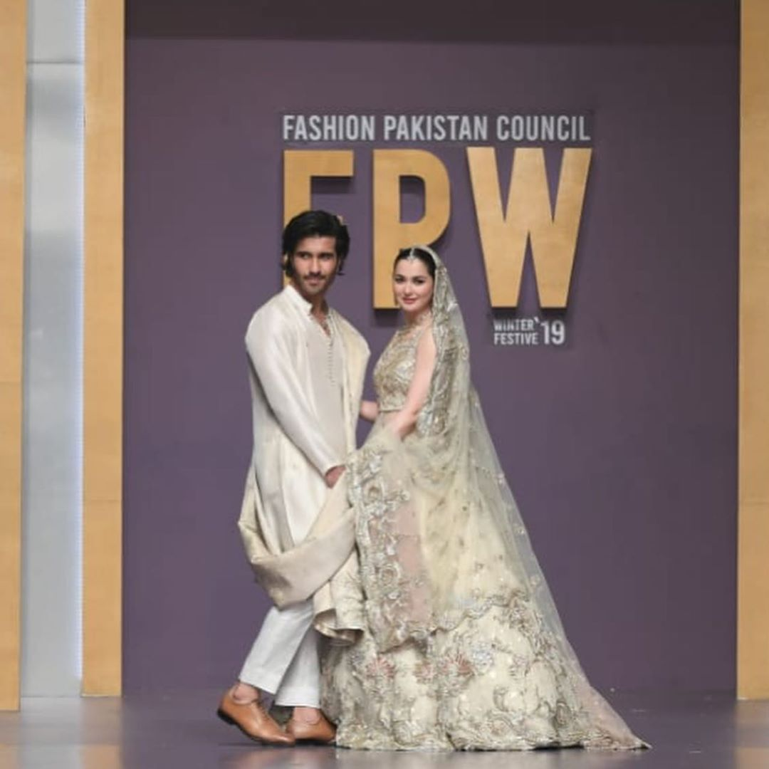 Feroze Khan and Hania Aamir Walked at Ramp for Sadaf Fawad Khan at FPW19