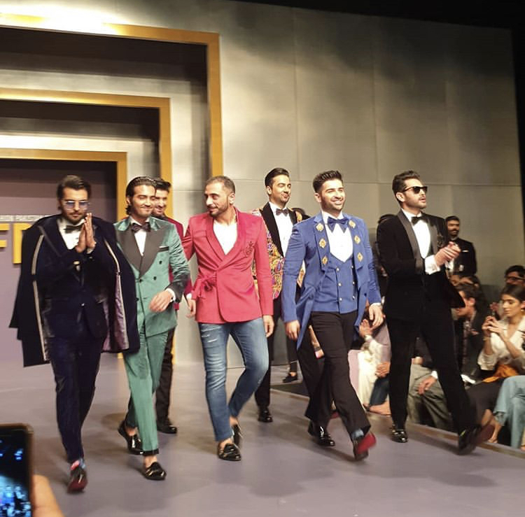 Humayun Alamgir's Showstoppers Dancing On The Ramp Of FPW 2019