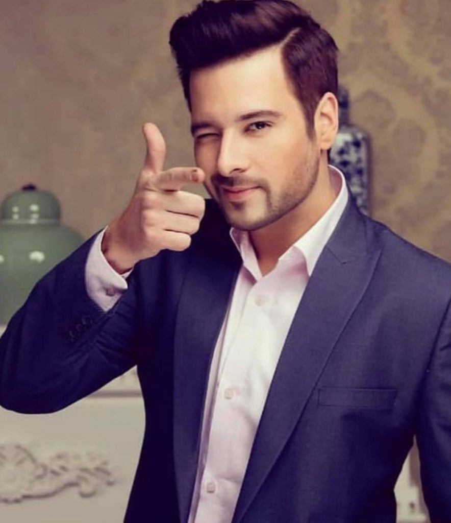 Mikaal Zulfiqar Spent Christmas Holiday With Daughters
