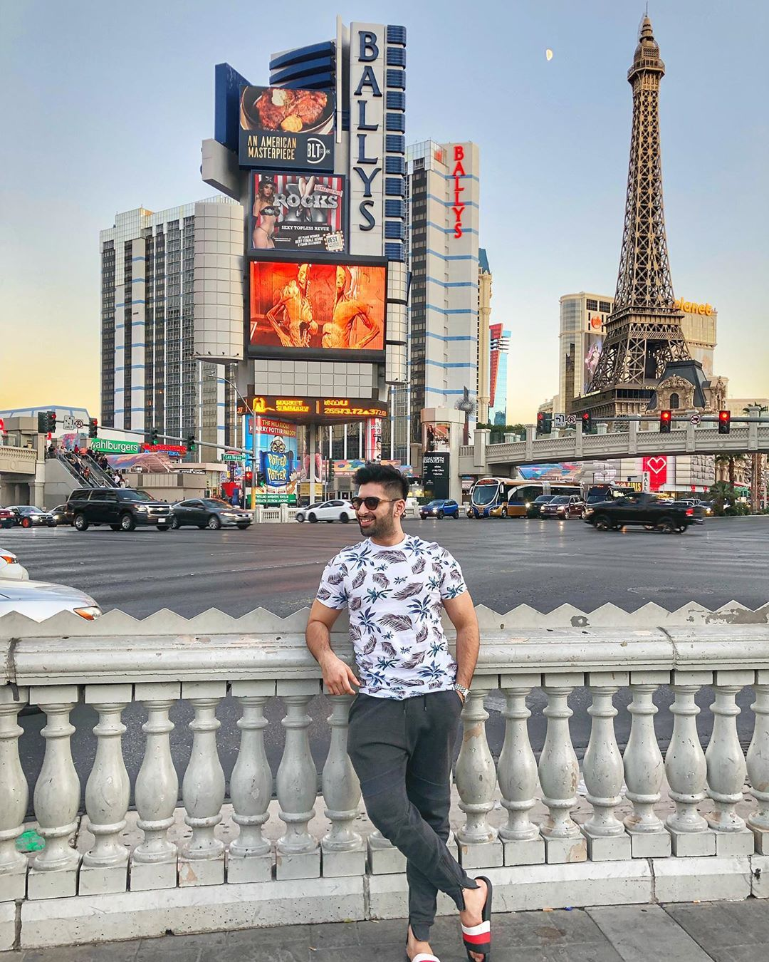 Actor Muneeb Butt's Latest Clicks from His USA Trip