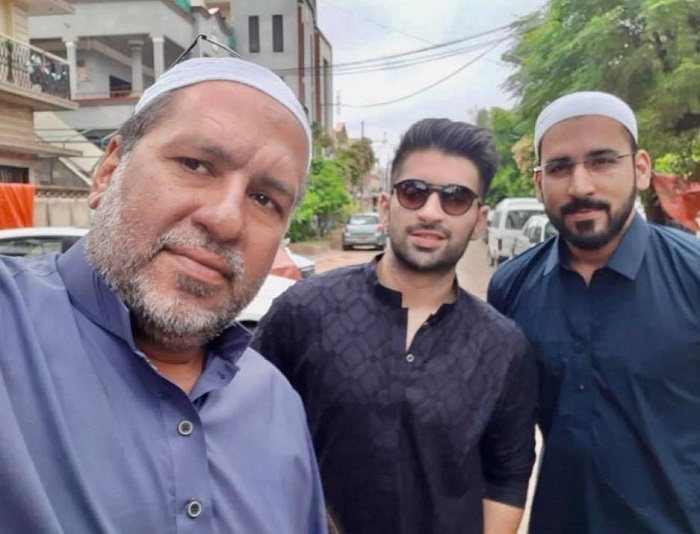 Details About Muneeb Butt's Family With Pictures