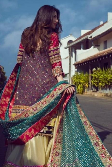 Latest Photo Shoot of Beautiful Actress Neelum Muneer