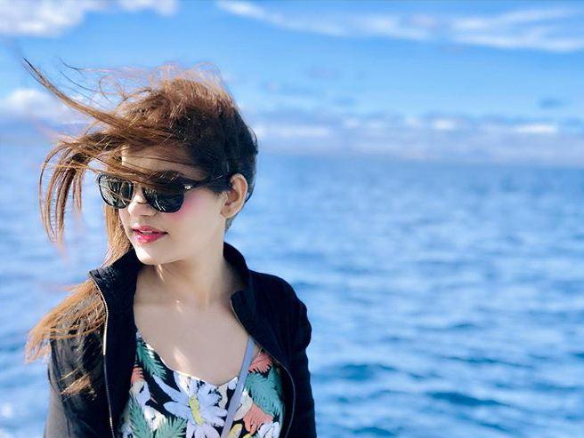 Latest Clicks of Actress Saniya Shamshad from Fiji Island