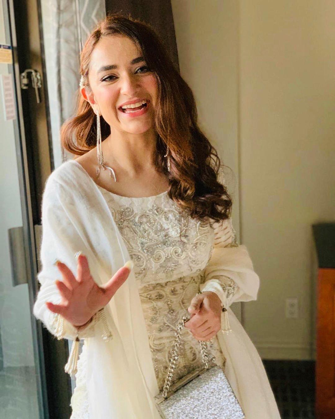 Yumna Zaidi 10