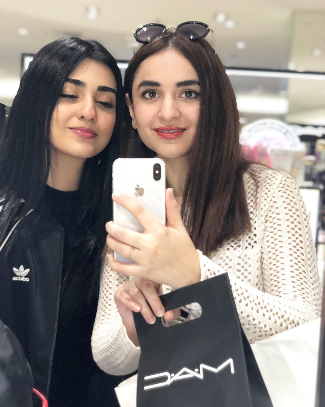 Yumna Zaidi 11
