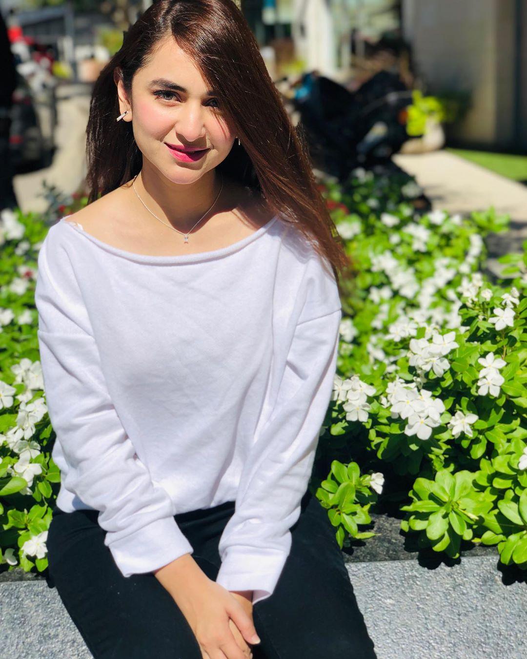 Yumna Zaidi 2