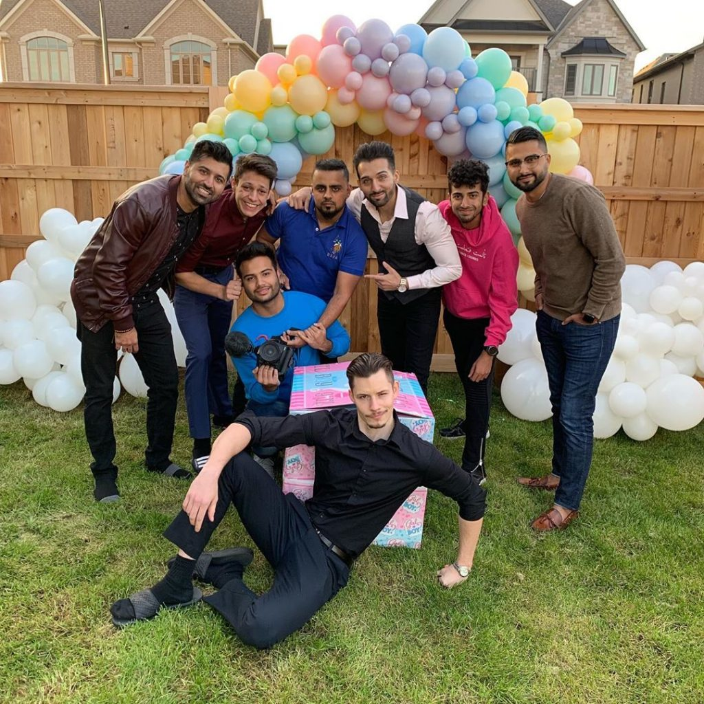 sham idrees and froggy had a baby gender reveal party 1