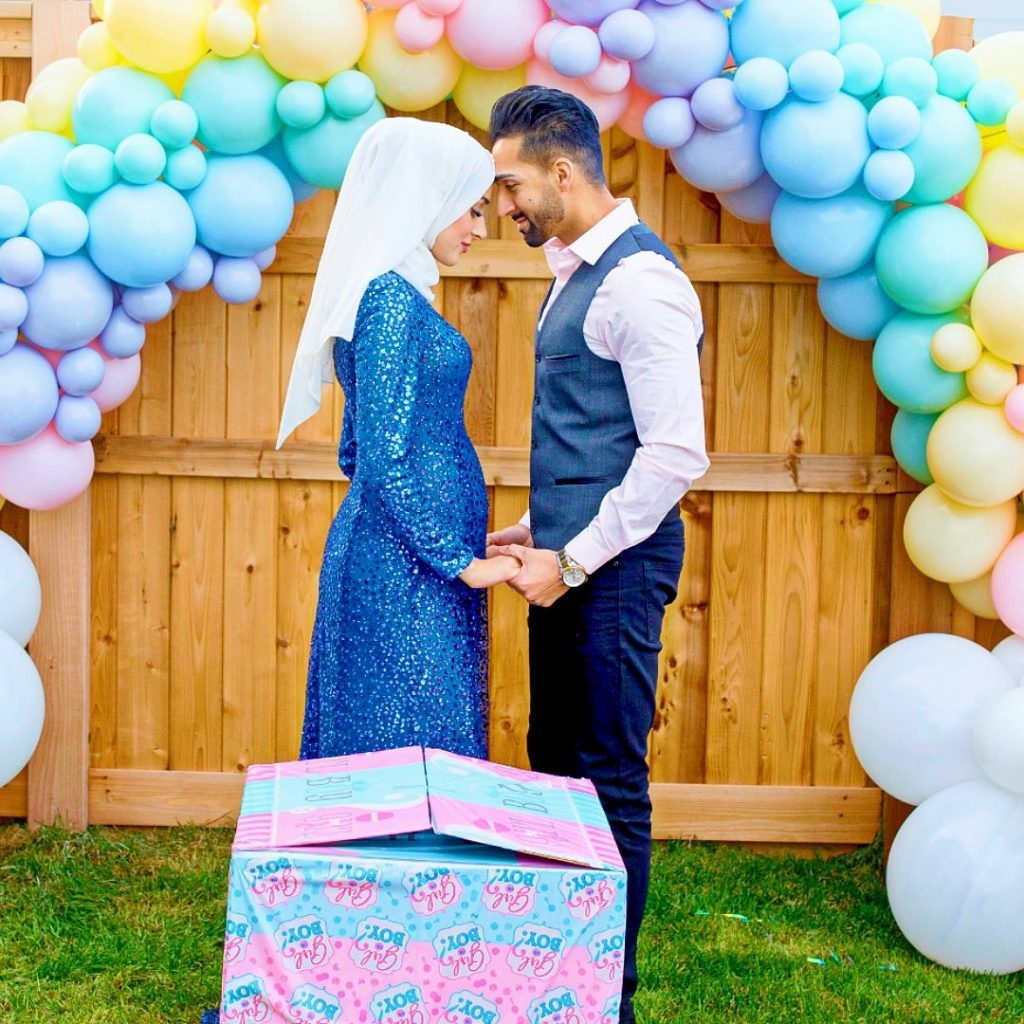 sham idrees and froggy had a baby gender reveal party 13