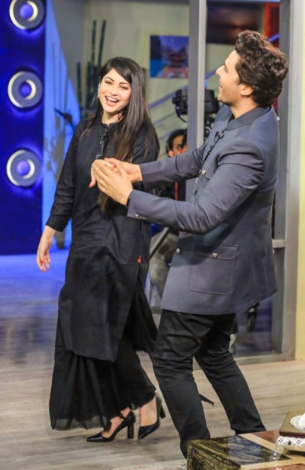 Ahsan Khan Celebrates 50th Episode of Bol Nights with Ahsan Khan With the Gorgeous Neelam Muneer