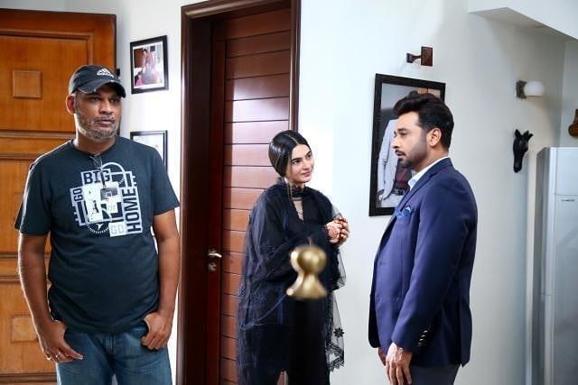 Aijaz Aslam Shares A Lighter Moment From The Sets Of Log Kya Kahainge