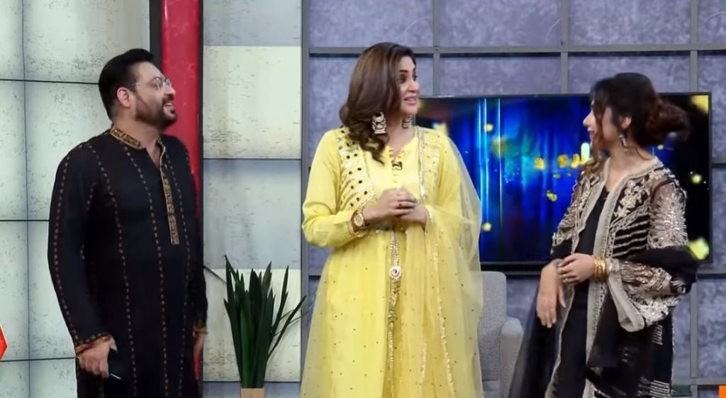 Amir Liaquat Proposed Fiza Ali In Front Of His Wife Tuba Amir 2