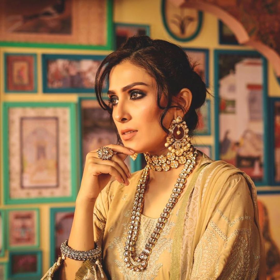 Latest Photo Shoot of Beautiful Ayeza Khan for Alkaram