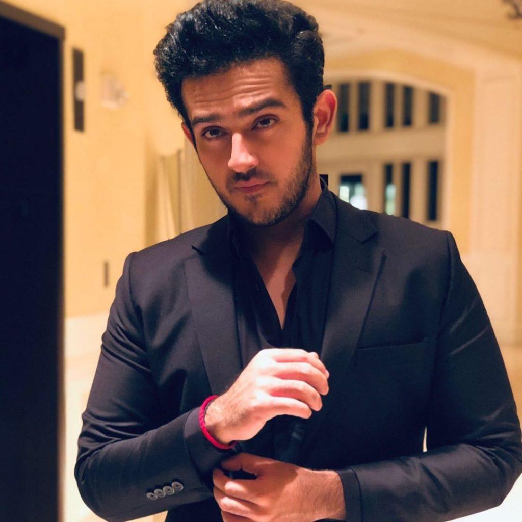 Azaan Sami Khan Shows His Hidden Talent 5