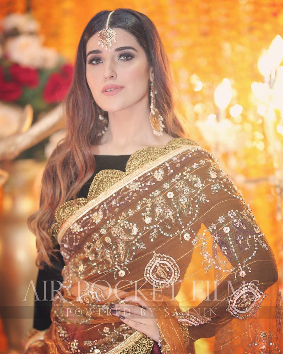 Beautiful Clicks of Gorgeous Hareem Farooq from Recent Wedding Event