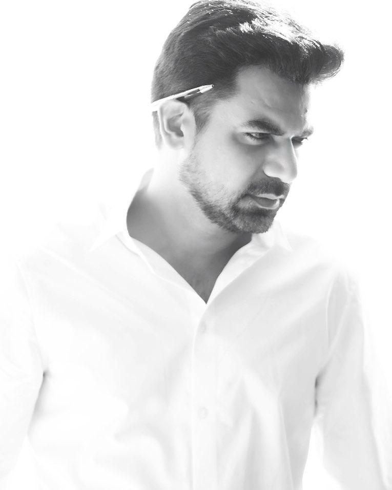 Humayun Saeed Will Produce Film Named Naram Garam 1