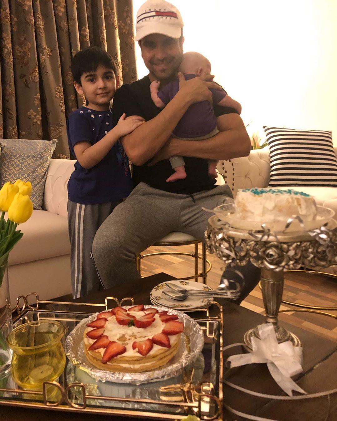 Junaid Khan Family 10
