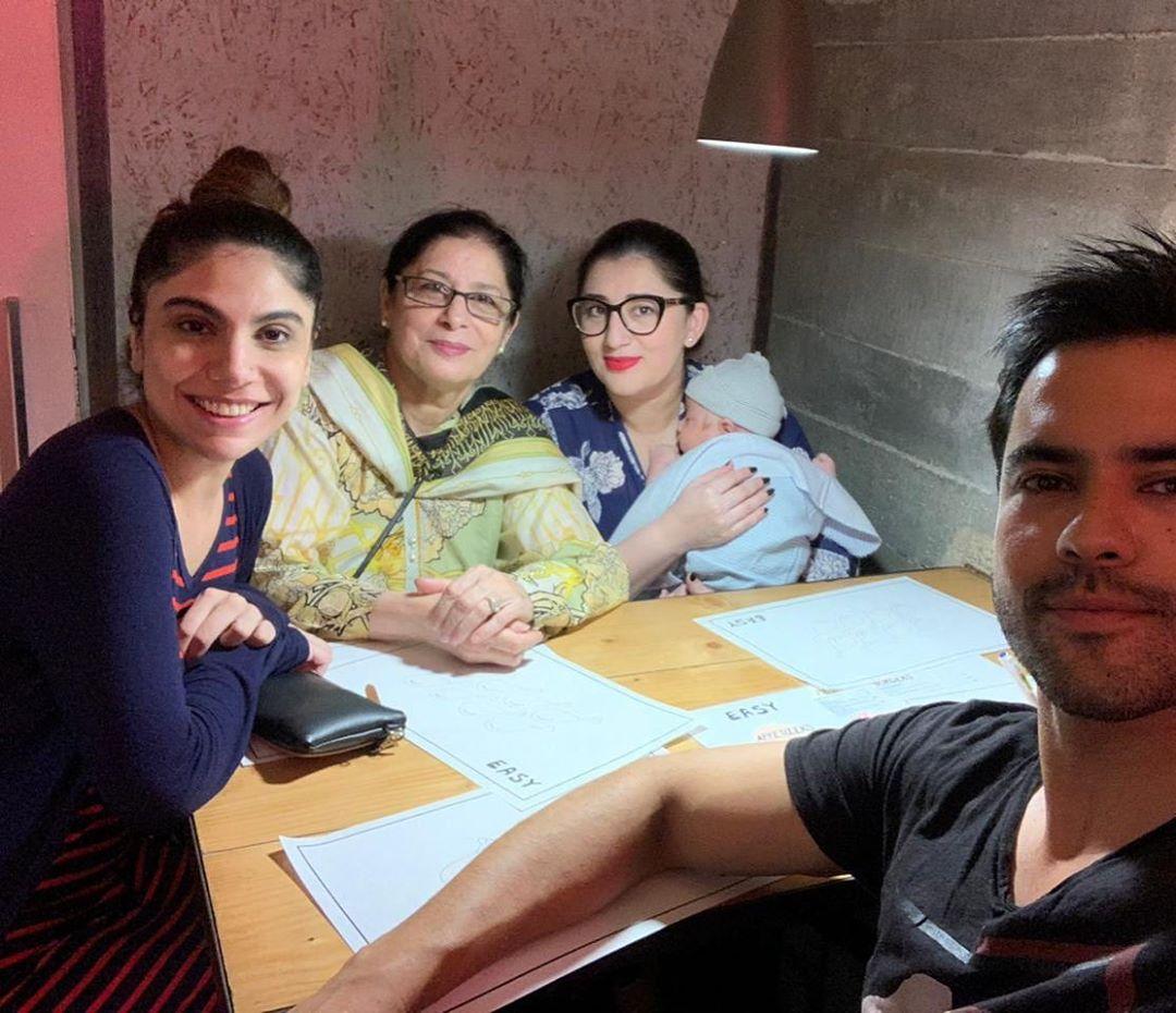 Junaid Khan Family 12