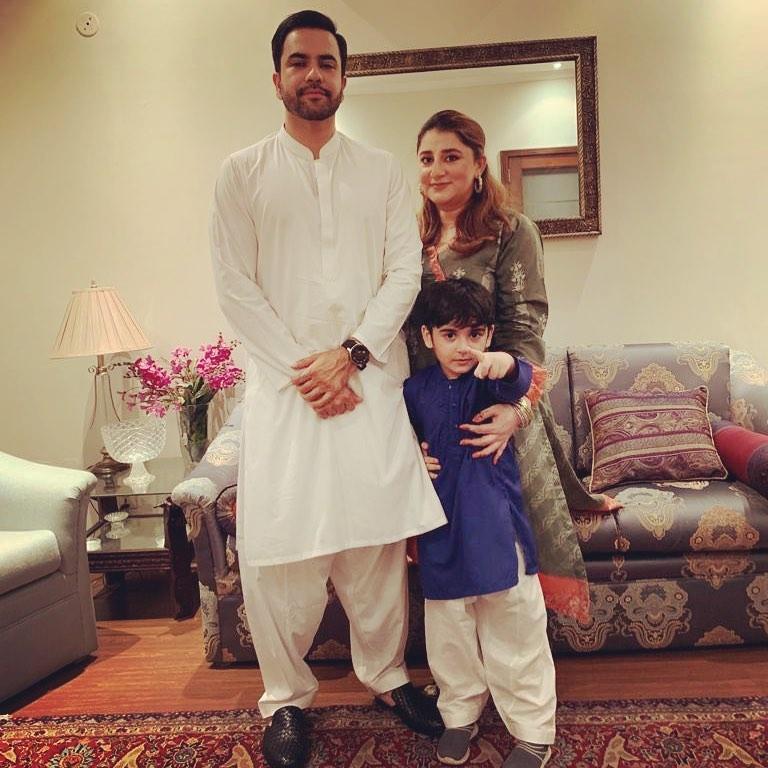 Junaid Khan Family 6