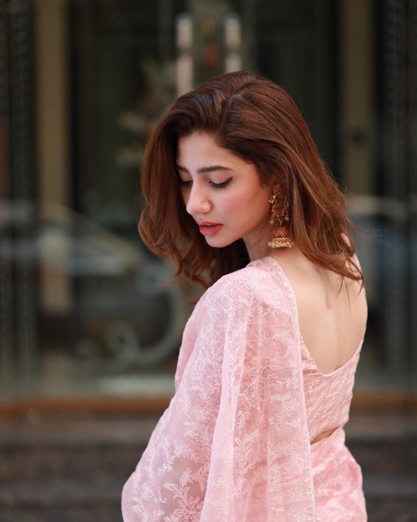 Mahira Khan Attended Faiz Literature Festival 1