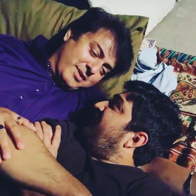 Nauman Ijaz Showers His Love For Director Kashif Nisar 6
