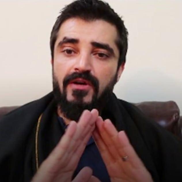 Shamoon Abbasi Came Out To Support Hamza Ali Abbasi