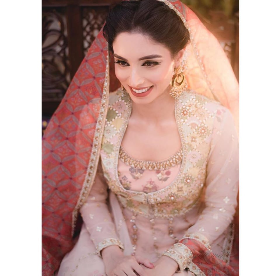 Zainab Abbas 2 2