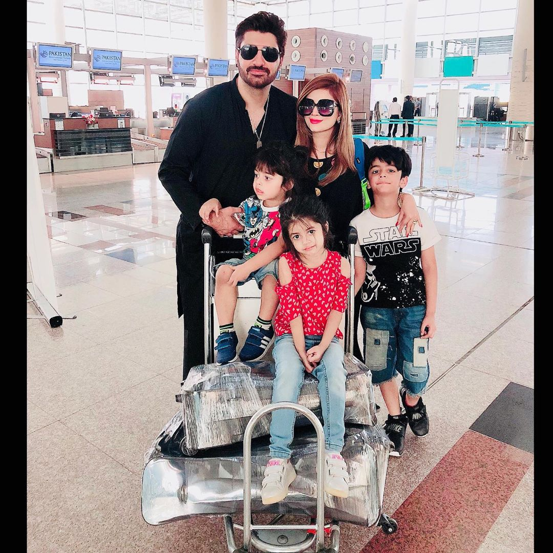Beautiful Clicks of Syed Jibran with Daughter and Wife
