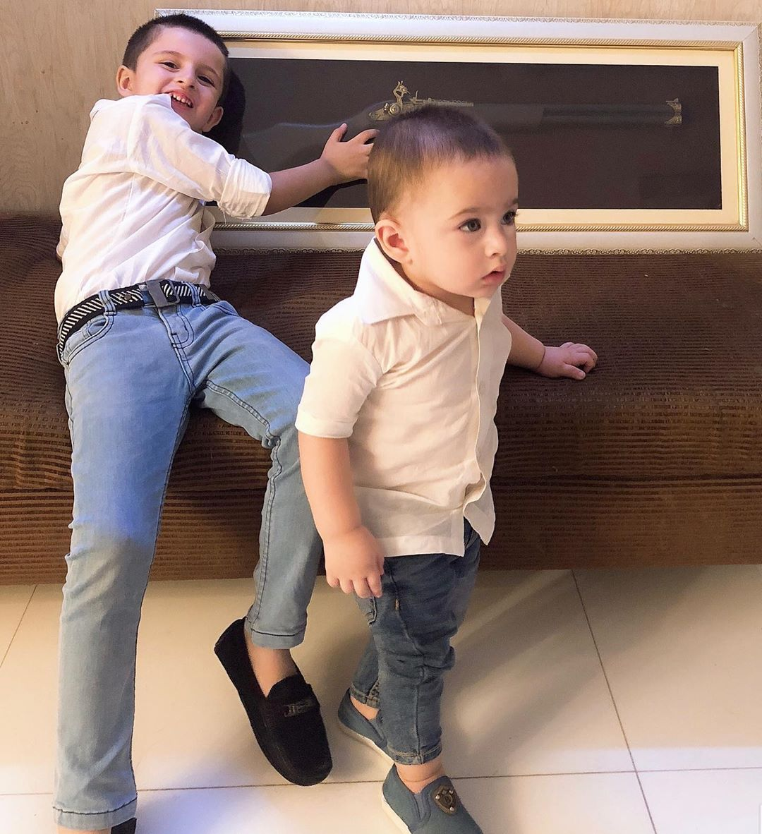 Latest Clicks of Fatima Effendi and Kanwar Arsalan with their Kids