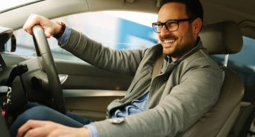 Driving institutes in Lahore you can learn how to drive from