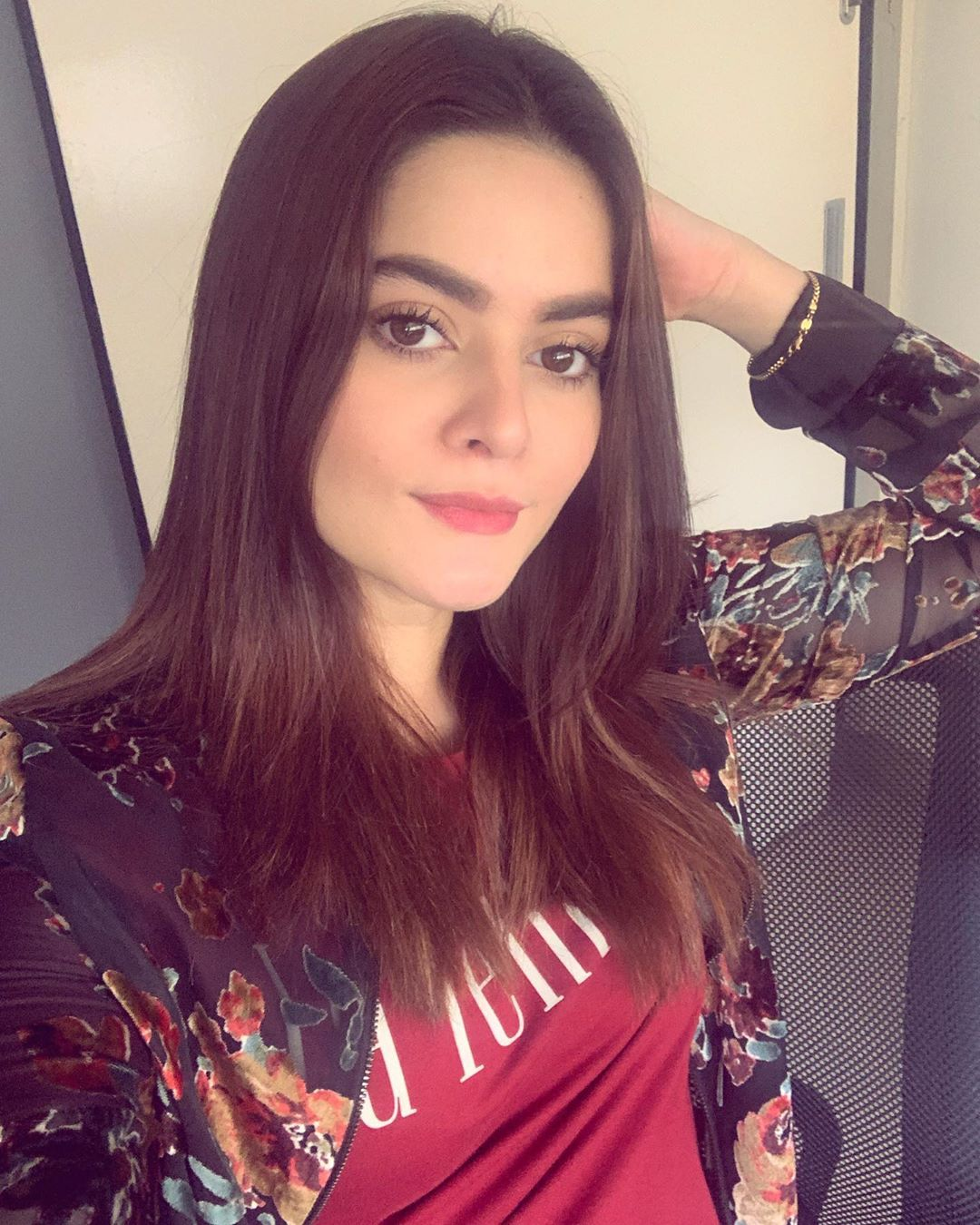Latest Beautiful Clicks of Aiman Khan and Minal Khan With Family