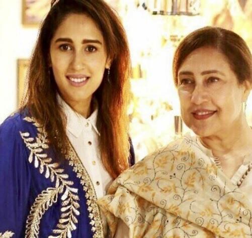 mira sethi mother