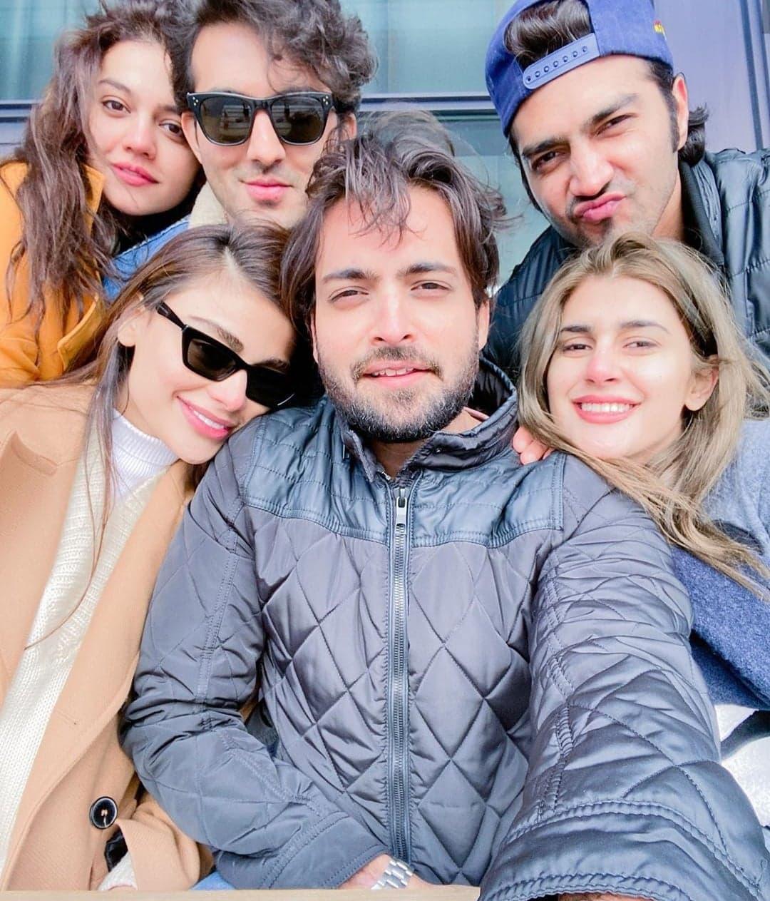 Top 10 Pakistani Celebrity Selfies of 2019