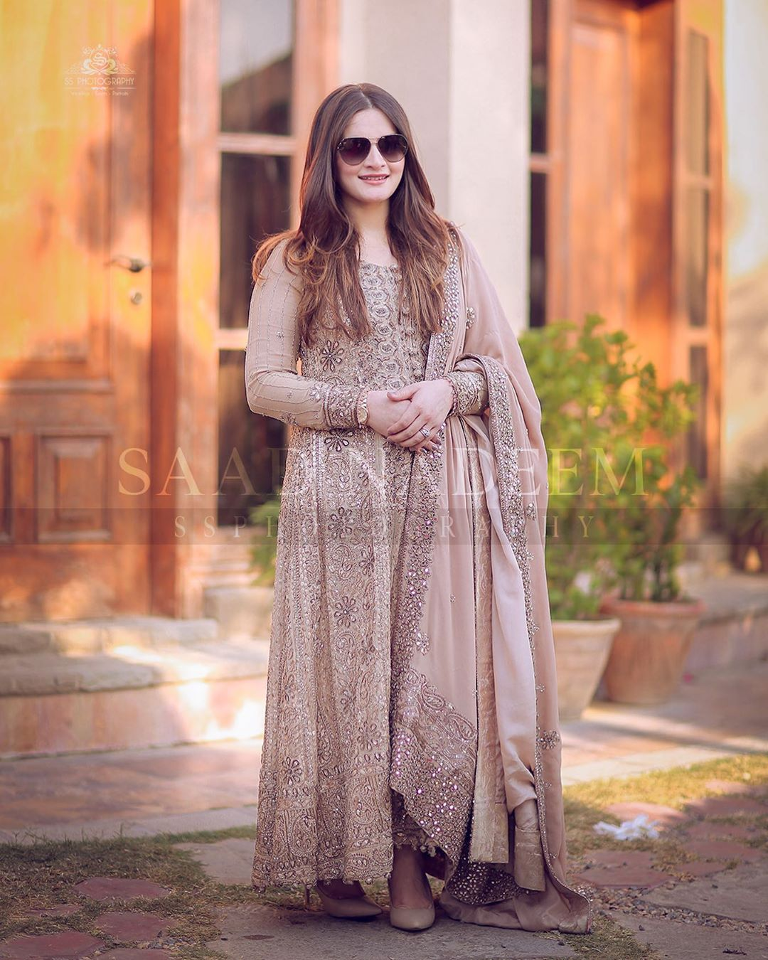 Aiman Khan and Muneeb Butt Latest Beautiful Pictures from Iqra Yasir Wedding