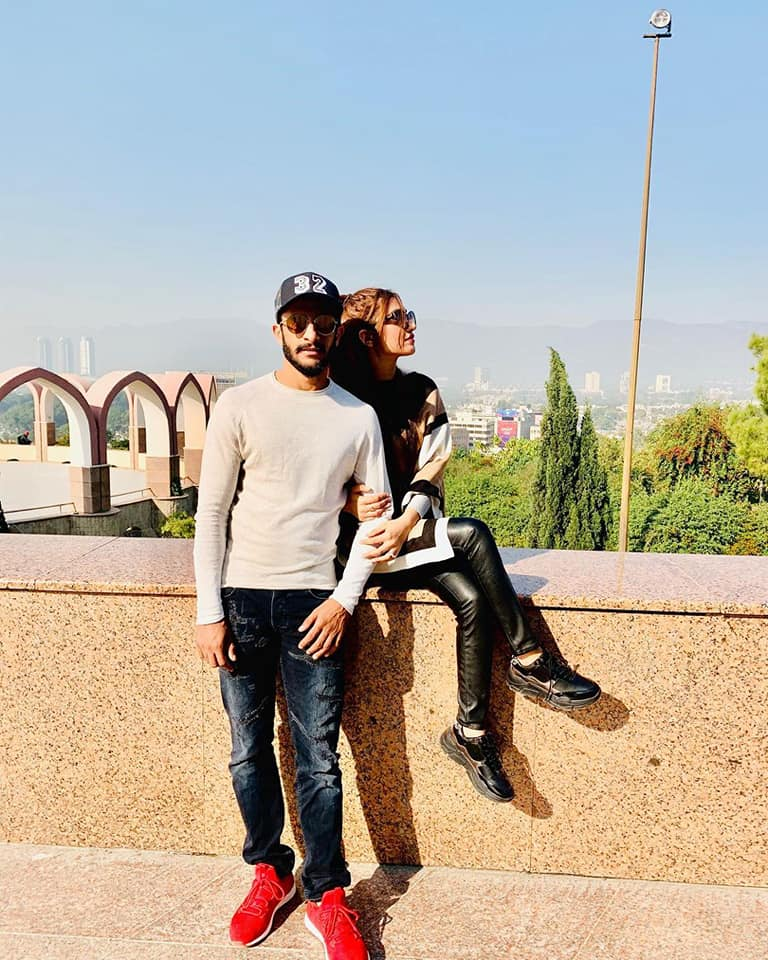 Hassan Ali with His Beautiful Wife Exploring Beauty of Pakistan