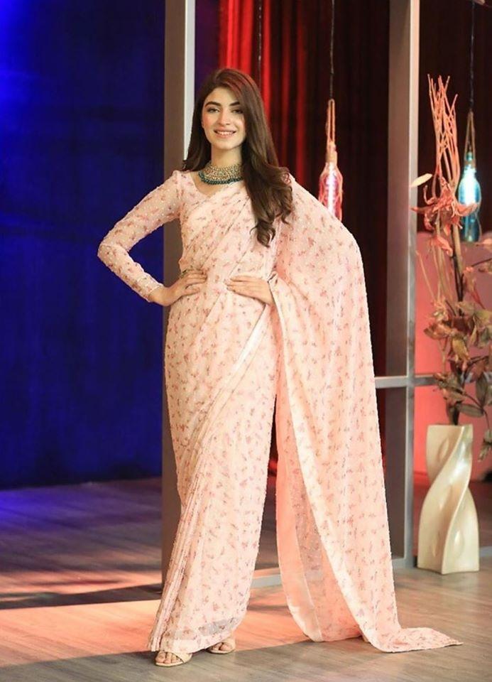Kinza Hashmi in Ahsan Khan Show