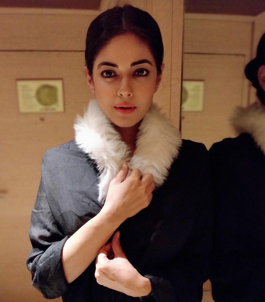 Bollywood actress praises Meray Pass Tum Ho all the way from India