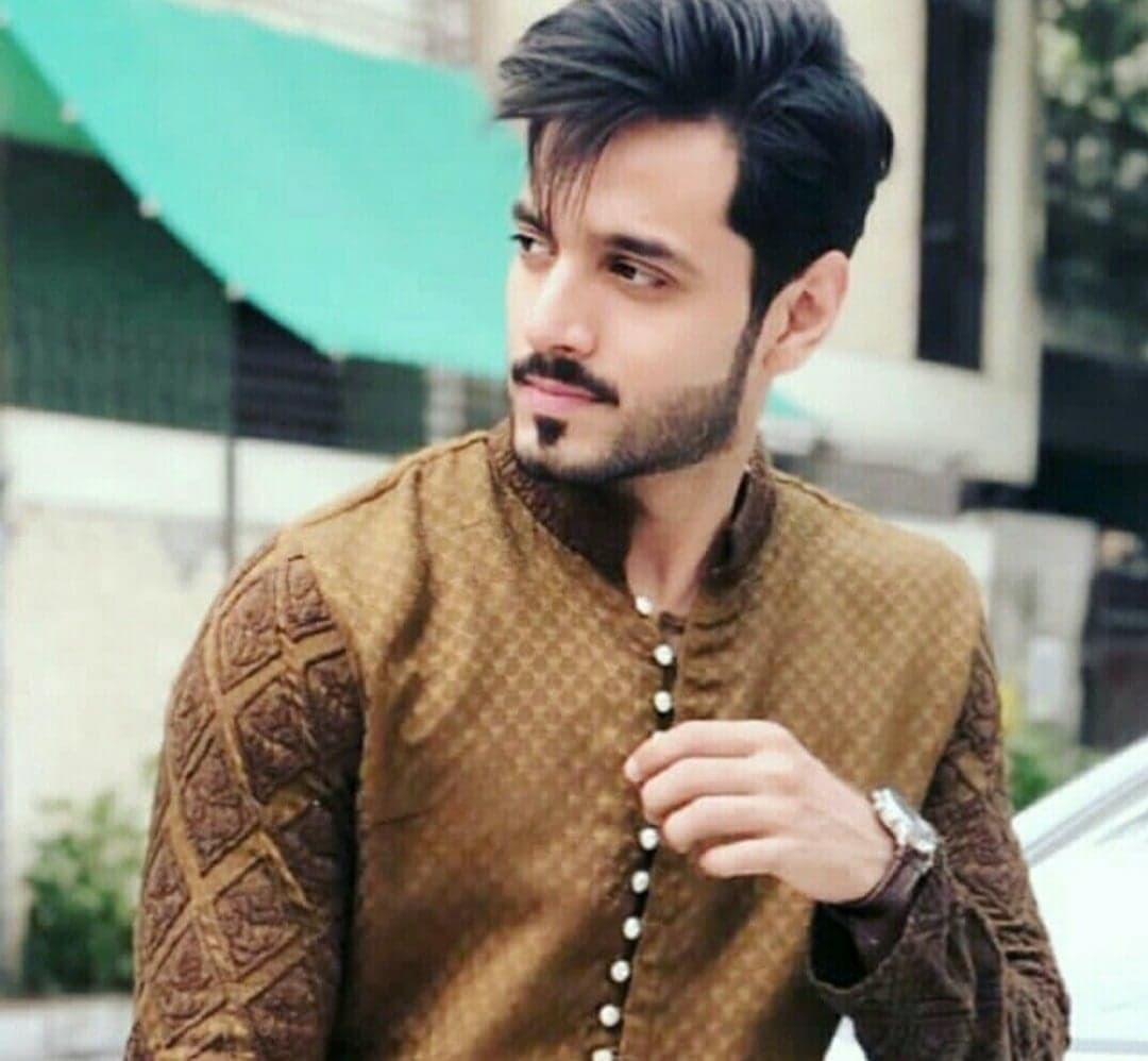 Pakistani Actors Whose Popularity Skyrocketed in 2019