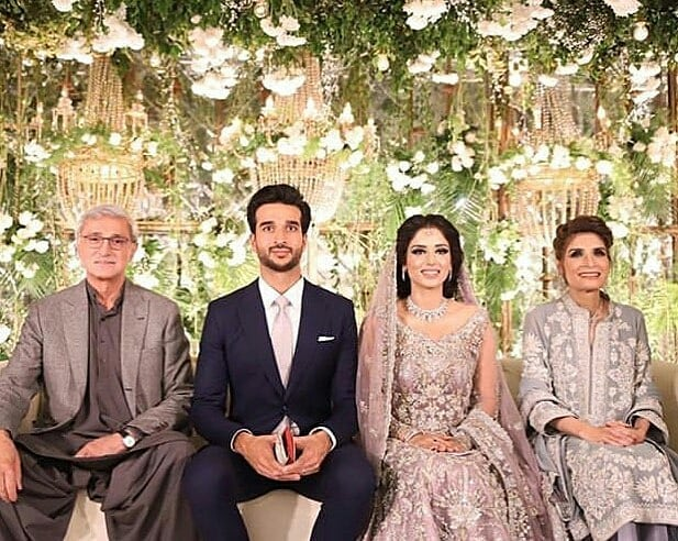 Beautiful Clicks of Zainab Abbas And Hamza Kardar's from their Walima