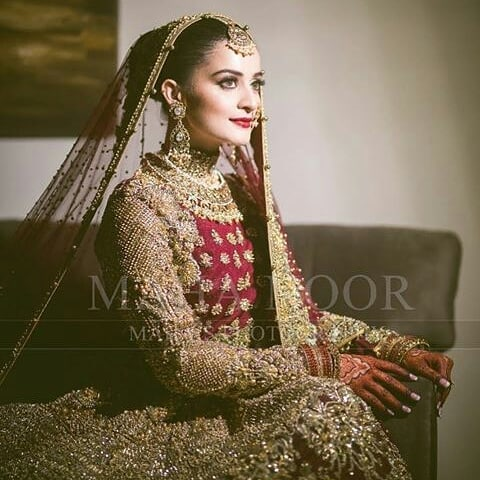 Aiman Khan's and Muneeb Butt First Wedding Anniversary - Pictures Collection