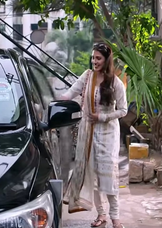 Ayeza Khan 4 2