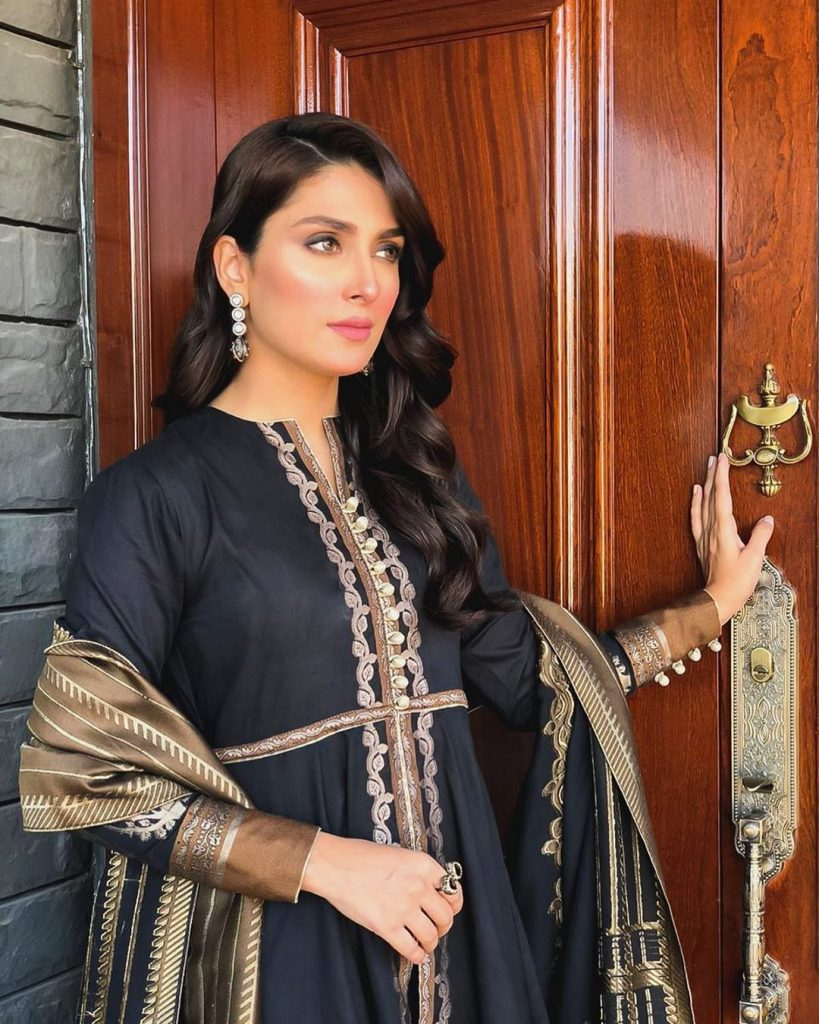 Ayeza Khan Received Offers From Bollywood