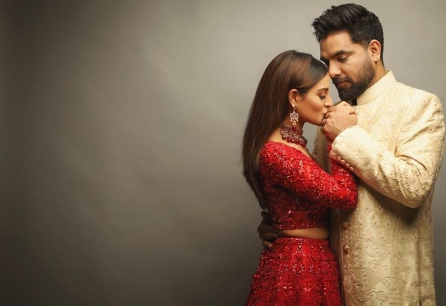 Beautiful Couple Iqra Aziz and Yasir Hussain Latest Photo Shoot