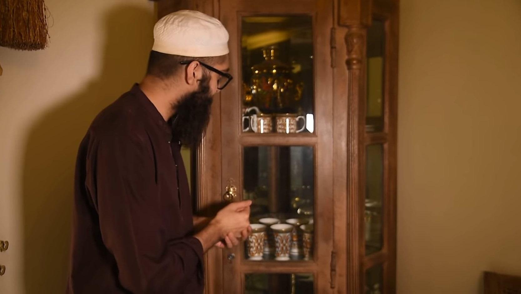 Junaid Jamshed House Tour 16
