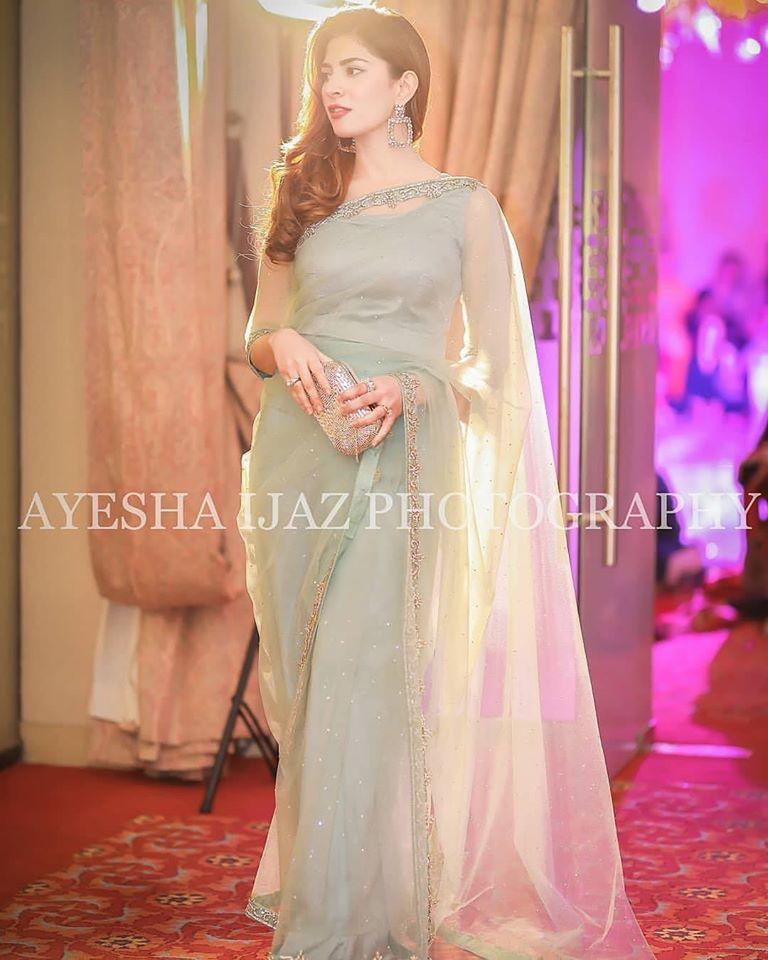 Actress Naimal Khawar's Latest Beautiful Clicks from a Recent Wedding